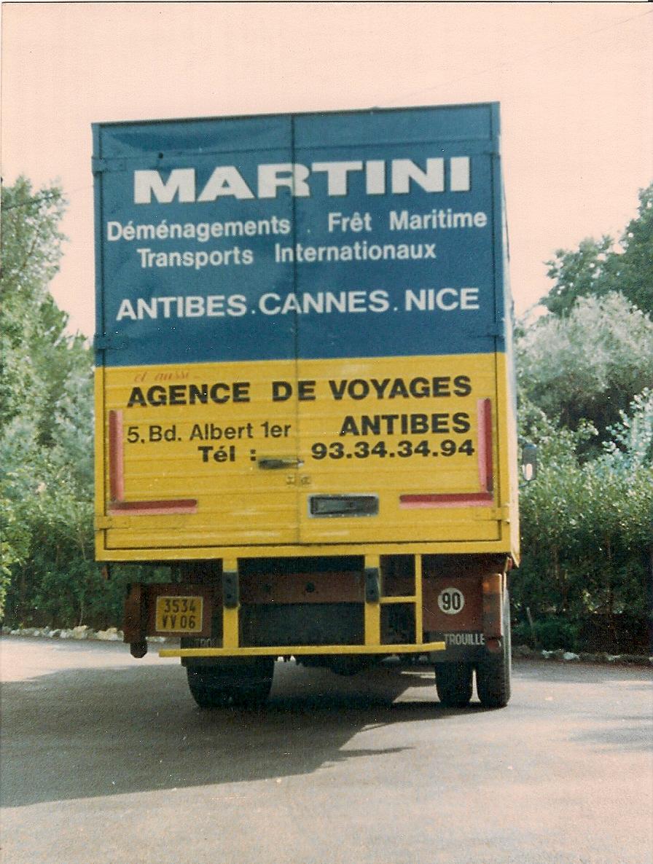 Petit camion environ an 1990