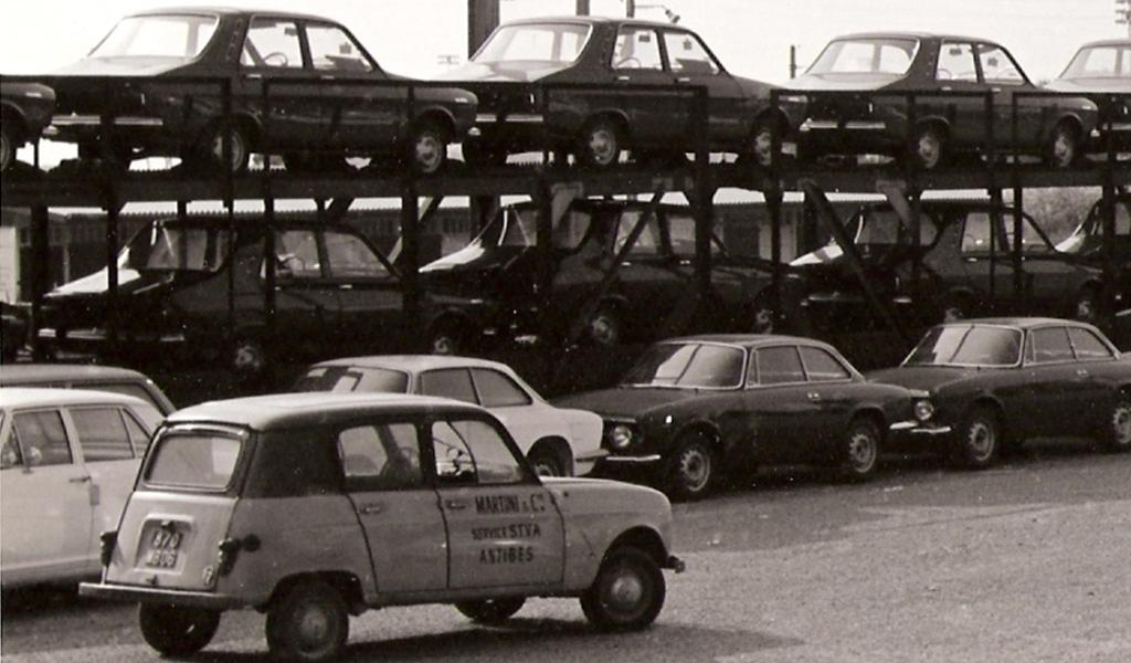 Renault 4L dédiée à la STVA
