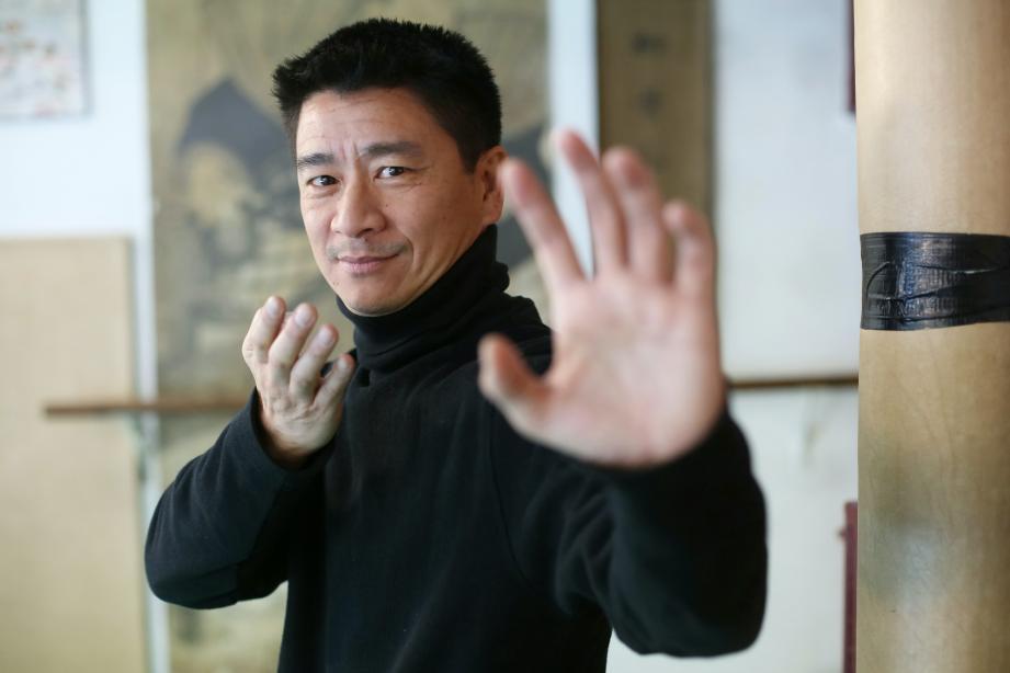 Livre Kung Fu Traditionnel du Maître Hoang Nam aux Editions Solar 1978